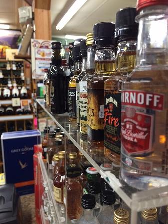Commercial Display 6 Bin Short 50ml Liquor Shot Bottles