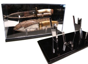 14in Double Knife Display Case with Sheath or scabbard holder